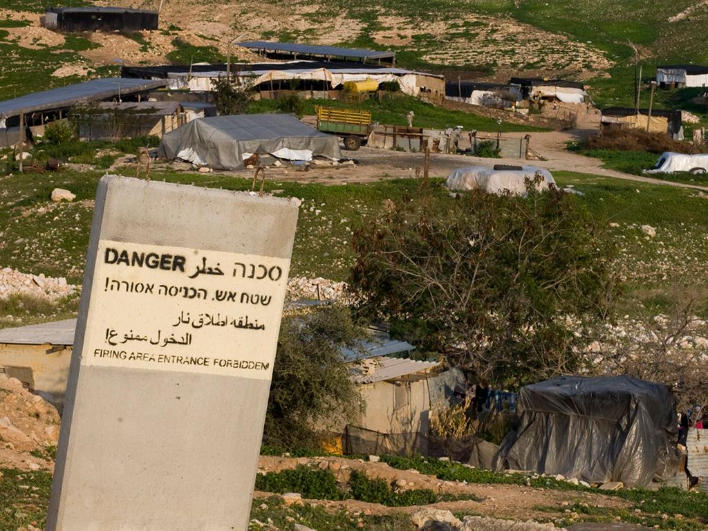 Bedouin community in firing zone, near Route 578 (Derech Alon). Photo: Keren Manor / activestills.org, 8 Feb. '11
