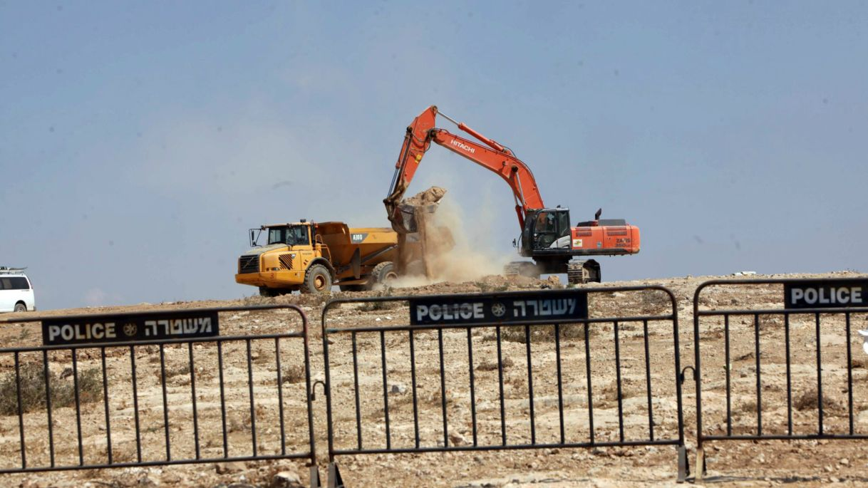 The demolition of a structure in a Bedouin village (illustrative). Photo by Eliyahu Hershkovitz.